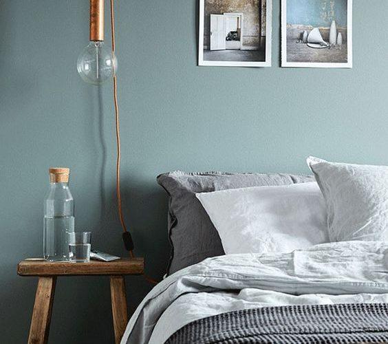 Camera da letto: il colore giusto per la parete dietro al letto
